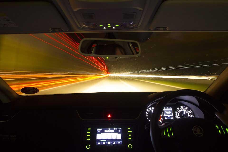 Autofahren in der Dunkelheit